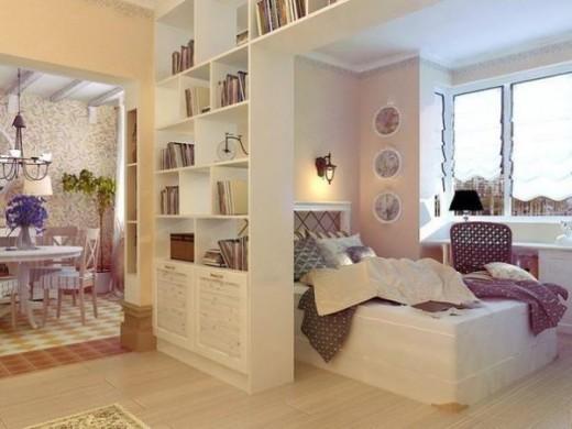 Шкафы и стеллажи в разделении комнаты на две зоны