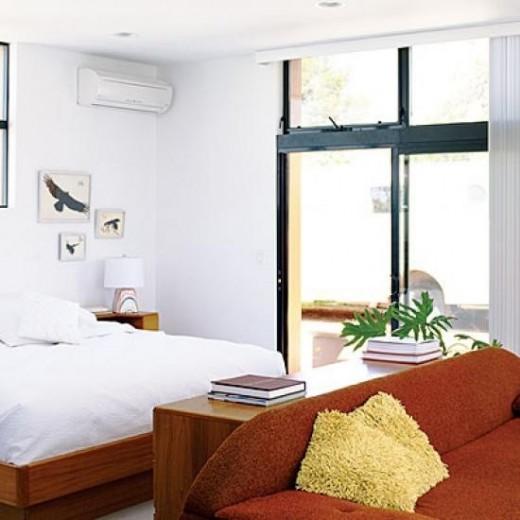 Минимализм - Стили, подходящие для оформления узкой спальни