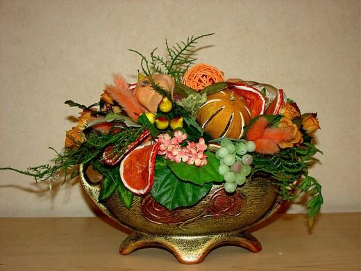 Настольная композиция из сухоцветов