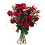 Уход за срезанными розами